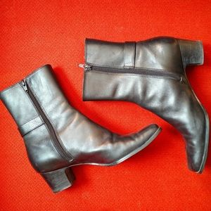 Anne Klein Freemont Leather Boots in Size US 7.5